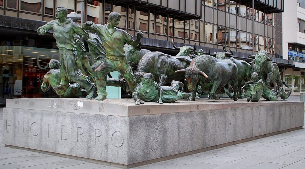 Monument in Pamplona to bulls