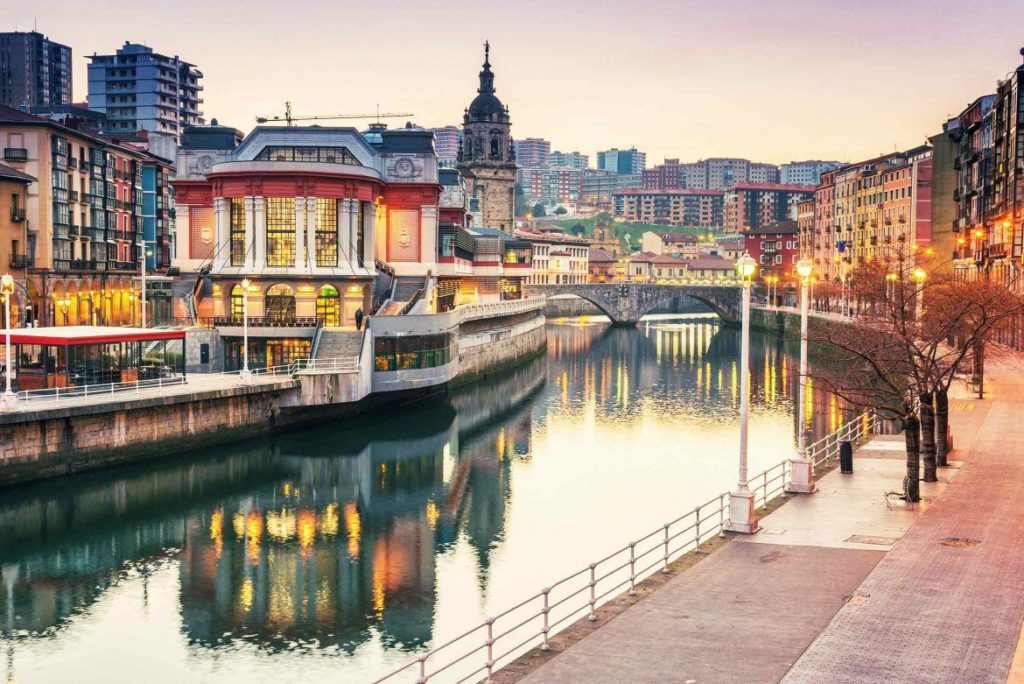 Bilbao and its river
