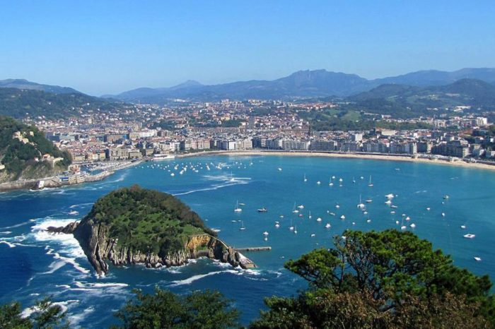 Northern Spain Tour: Basque Country and Castilla